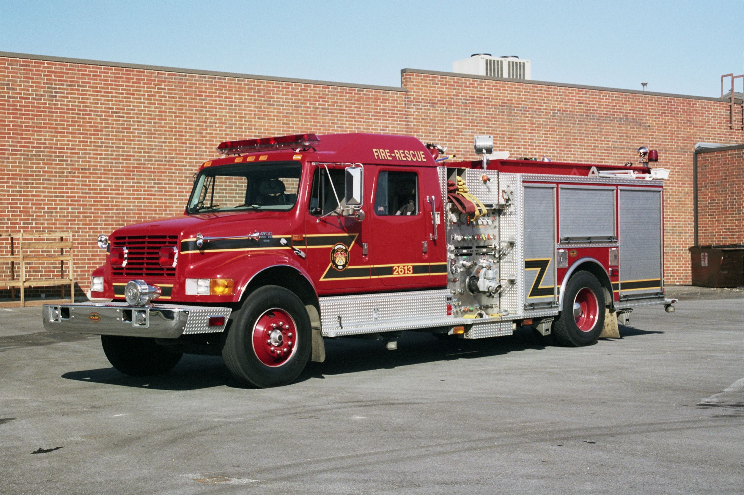 Engine 2613 full truck image